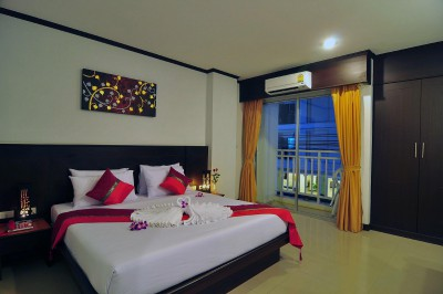 THE BROTHERS RESIDENCE 3*