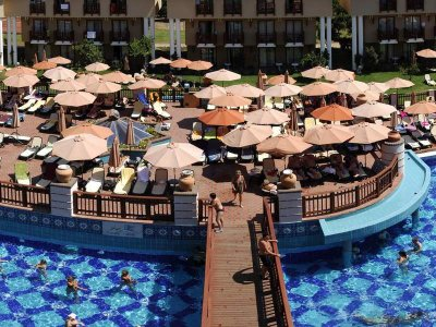 http://static.tourvisor.ru/hotel_pics/big/4/club-konakli-hotel1-100.jpg