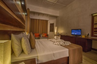 THE AVENRA BEACH HOTEL 4*