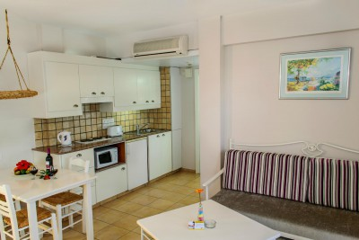 AKTEA BEACH VILLAGE APT 4*