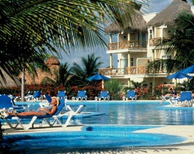 AKUMAL BEACH RESORT 4*