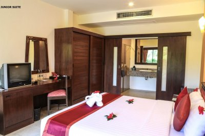 ALL SEASONS NAIHARN PHUKET 3*