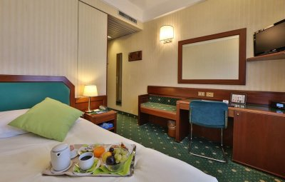 BEST WESTERN HOTEL ASTORIA 4*