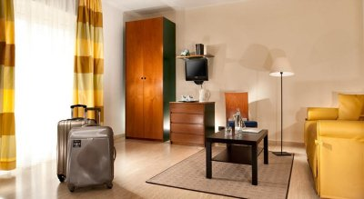 ASTORIA SUITE HOTEL 4*