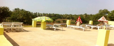ASHVEM BEACH INN 2*