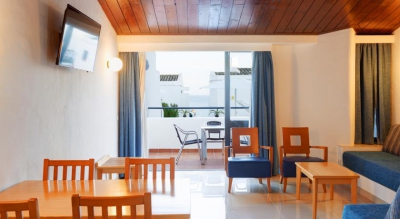 APARTAMENTOS TURISTICOS INTERJUMBRIA-GOLDEN BEACH 3*