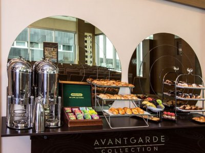 AVANTGARDE LEVENT 5*