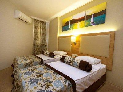 blue wave suite hotel 4 фото