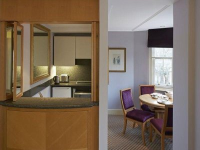 ASCOTT MAYFAIR 5*
