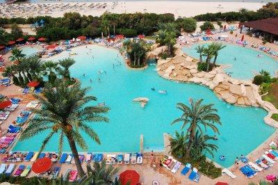 Sahara Beach Hotel 3