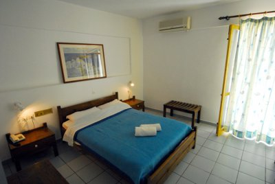 ACROPOLIS APARTMENTS 3*