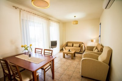 AKTI BARBATI APARTMENTS 3*