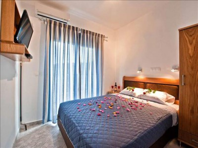 AKTI-S DELUXE APARTMENTS & SUITES 3*