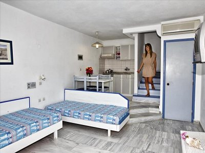 ARIADNE APARTMENTS 2*