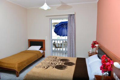 ASTERI STUDIOS & APARTMENTS 3*