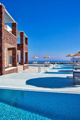ASTRO PALACE SUITES & SPA HOTEL 5*