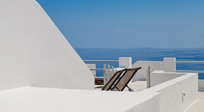 ATHIRI SANTORINI FAMILY FRIENDLY 3*