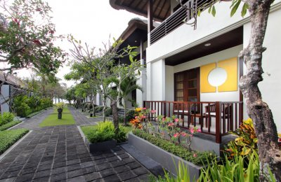 BALI KHAMA BEACH RESORT & SPA 5*
