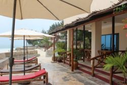 FARIDU BEACH BUNGALOWS