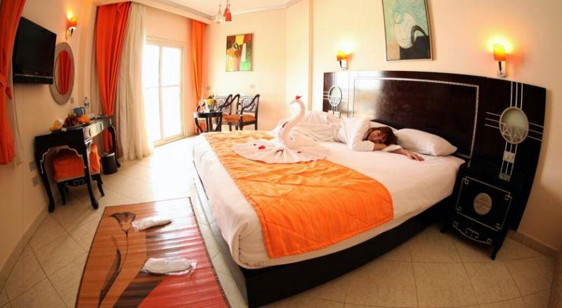 SPHINX BEACH RESORT 5*