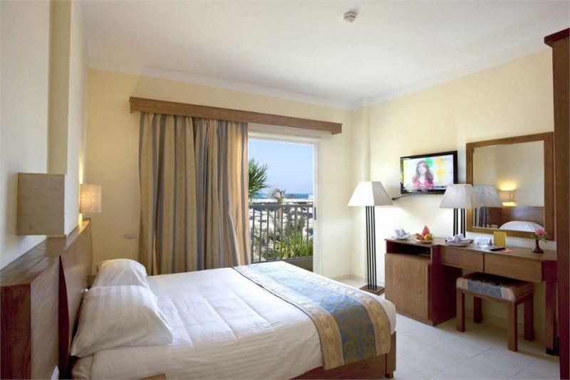 THE THREE CORNERS EMPIRE BEACH RESORT 3*
