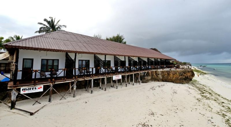 AMAAN NUNGWI BEACH RESORT (EX.AMAAN BUNGALOWS)